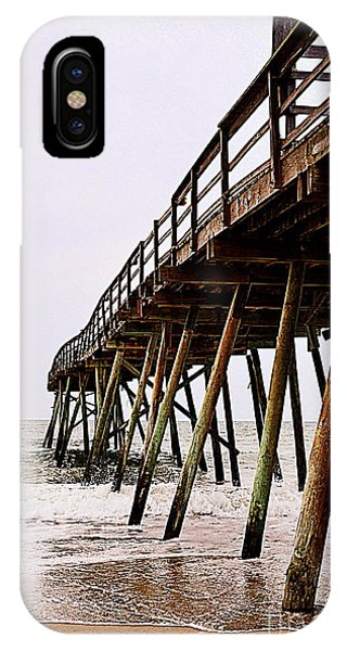 Weathered Oceanic Pier  IPhone Case