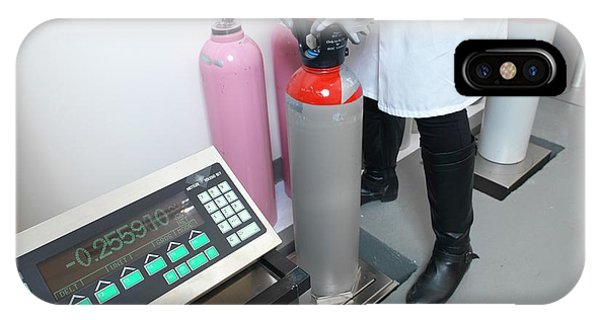 Npl iPhone Case - Weighing Gas Cylinders by Andrew Brookes, National Physical Laboratory/science Photo Library