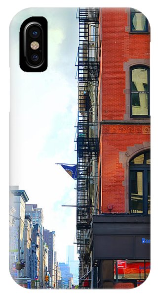 Brownstone iPhone Case - West 23rd Street by Laura Fasulo