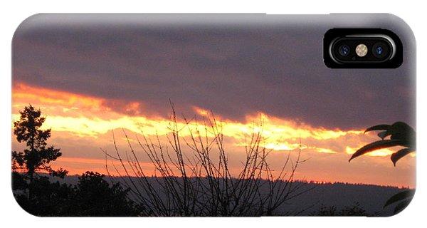 Westward Sunbreak - Seattle IPhone Case
