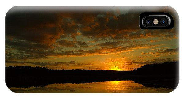 Lake Juliette iPhone Case - What A Sunset by Donna Brown