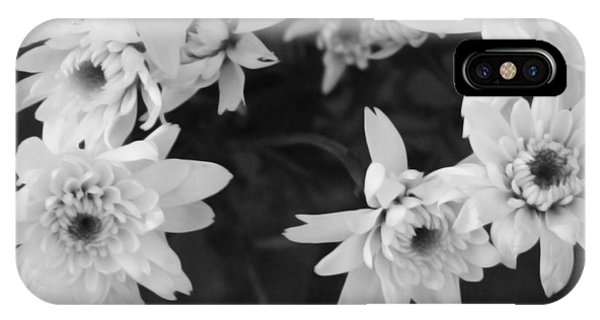 Daisy iPhone Case - White Flowers- Black And White Photography by Linda Woods
