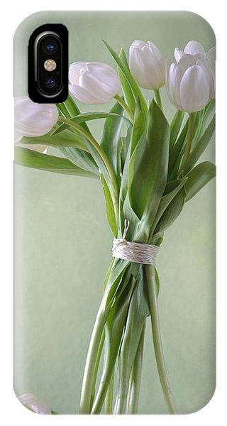 Wiese iPhone Case - White Tulips by Steffen Gierok