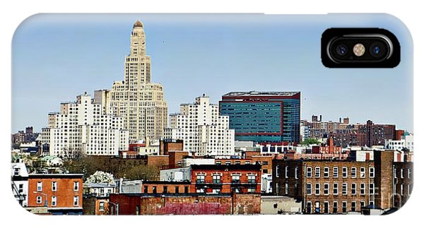 Williamsburg Savings Bank In Downtown Brooklyn Ny IPhone Case