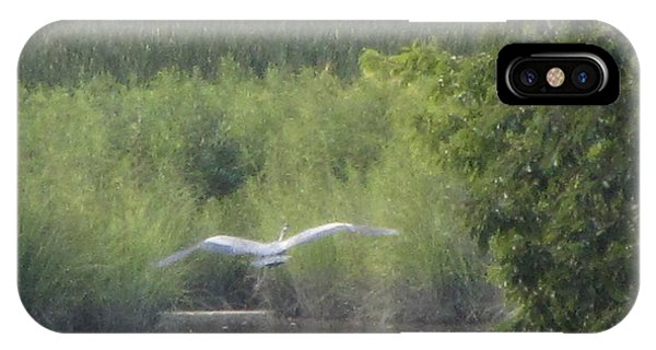 Wings Wide Open Great Blue Heron Mighty Sight Phone Case by Debbie Nester