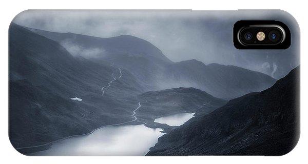 Winter iPhone Case - Winter Comes by Oskar Baglietto