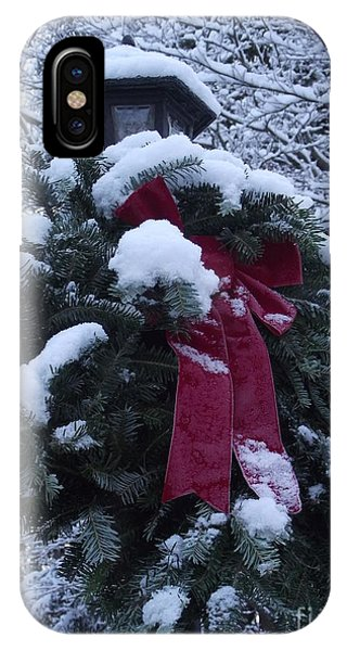 Winter Wreath IPhone Case