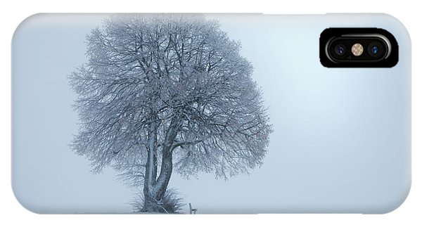 Simple Landscape iPhone Case - Winterstimmung by Nicolas Schumacher