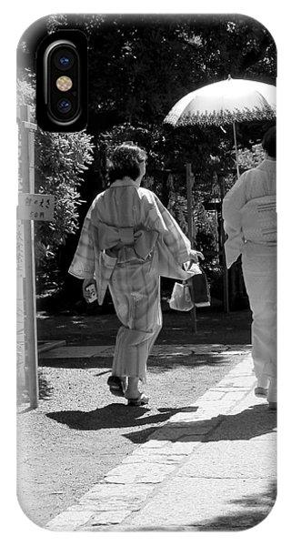 Women In Kimono IPhone Case