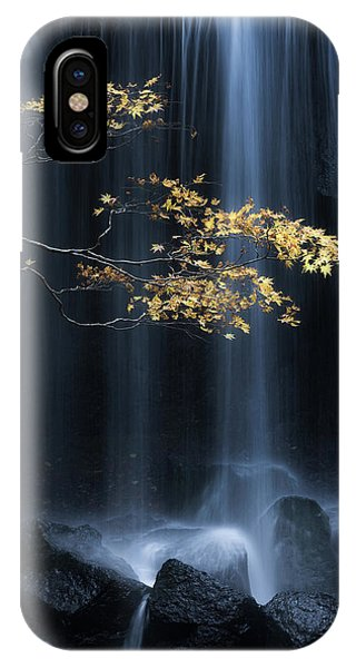 Flow iPhone Case - Yellow Autumn by Yuki Yatsushima