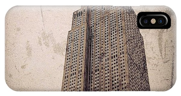 Vintage iPhone Case - Empire State Building - New York by Joel Lopez