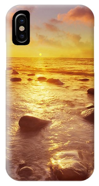 Sunset Over The Sea Phone Case by Tony Craddock