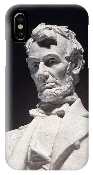 Lincoln Memorial: Statue IPhone Case