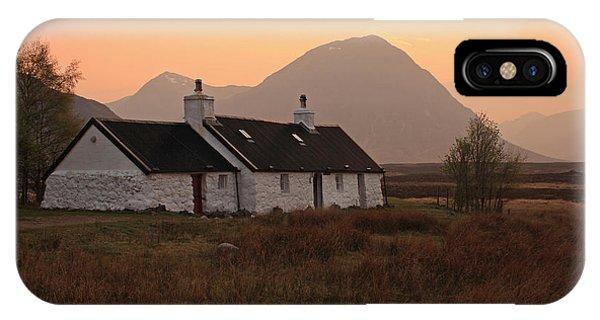 Black Rock Cottage Sunset IPhone Case