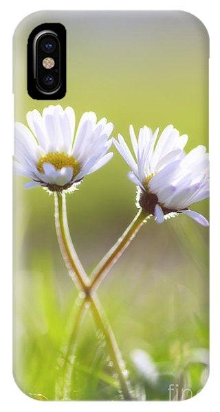 Wiese iPhone Case - Blumen Liebe by Tanja Riedel