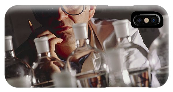 Chemist At Work In His Laboratory Phone Case by Tek Image