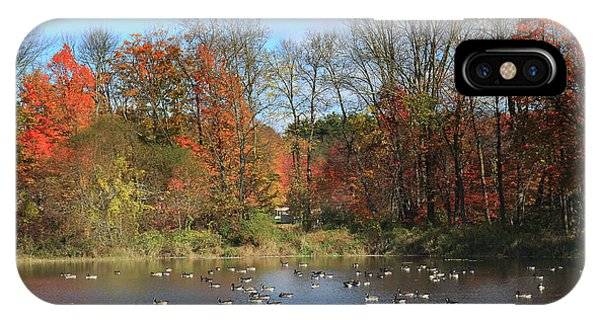 Ct Autumn Lake. IPhone Case