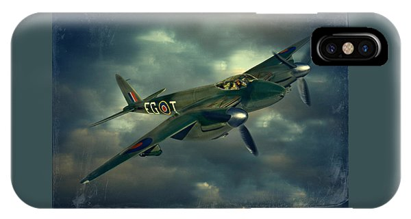 De Haviland Mosquito IPhone Case