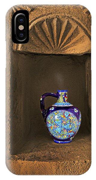 Decorative Carafe In An Alcove Phone Case by Kantilal Patel