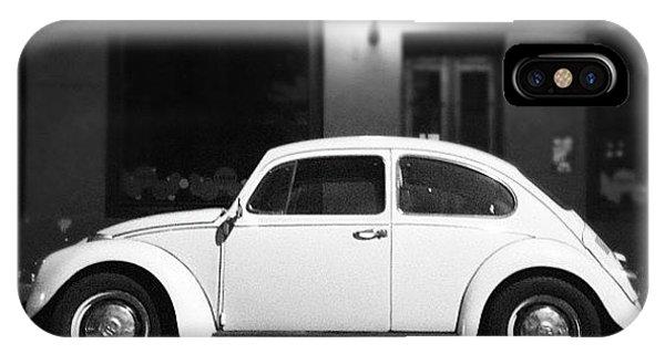 Volkswagen iPhone Case - Escarablanco by Diego Jolodenco