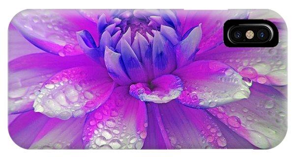 Fusia Flower IPhone Case