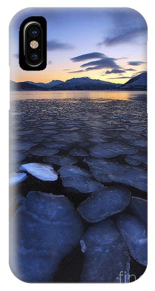 Ice Flakes Drifting Towards IPhone Case