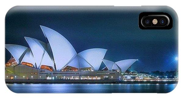 Travel iPhone Case - #instralia #seeaustralia #australiagram by Tommy Tjahjono