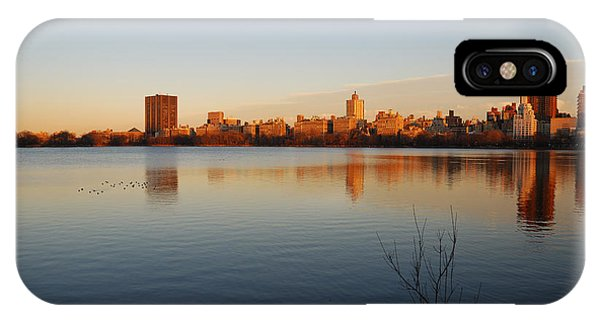 Jacqueline Kenedy Onassis Reservoir Phone Case by Alan Clifford
