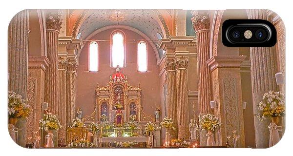 La Iglesia Matriz De Sangolqui Ecuador IPhone Case