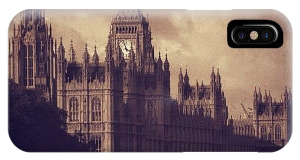London iPhone Case - #london 05.10.1605 by Ozan Goren