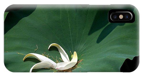 Lotus Leaf--castoff IIi Dl060 IPhone Case