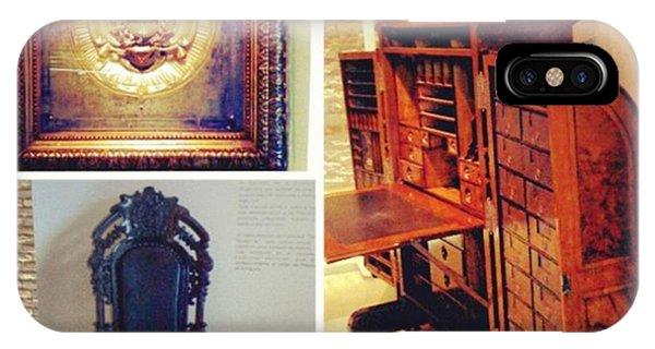 Mi Visita Al Museo Del Bicentenario!! Phone Case by Pablo Grippo