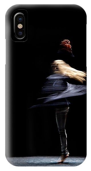 Moved Dance. IPhone Case