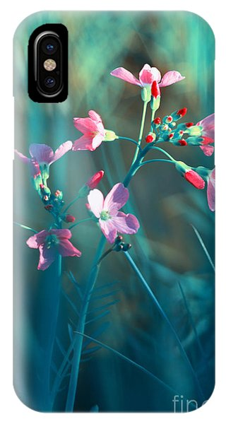 Wiese iPhone Case - Nature Fantasy by Tanja Riedel