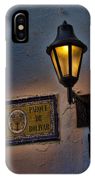Colombia iPhone Case - Old Lamp On A Colonial Building In Old Cartagena Colombia by David Smith