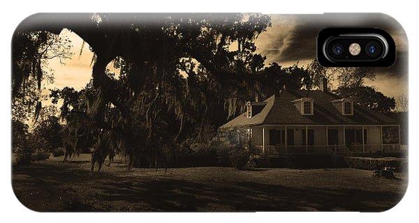 Plantation House  IPhone Case