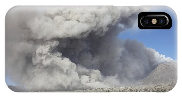 Pyroclastic Flow iPhone Case - Pyroclastic Flow In Abandoned City by Richard Roscoe