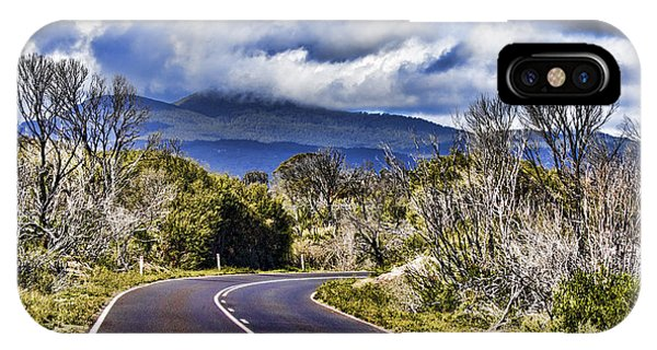 Wilsons Promontory iPhone Case - Road With A View by Douglas Barnard