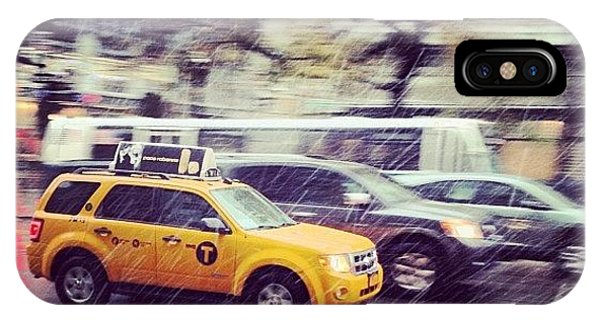 City iPhone Case - Snow In Nyc by Randy Lemoine