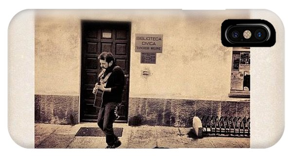 Celebrity iPhone Case - Street Musician by Paul Cutright