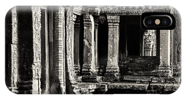Ta Prohm 03 IPhone Case