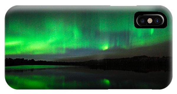 Tofte Lake Aurora IPhone Case