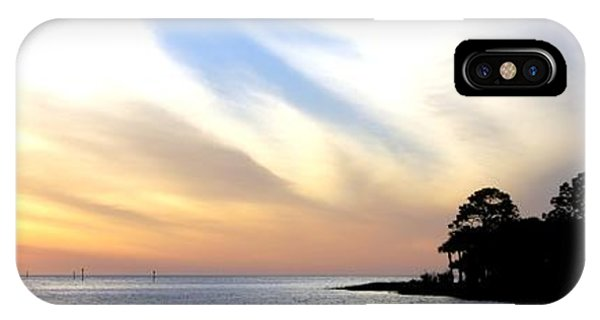 IPhone Case featuring the photograph Twilight On The Gulf by Judy Hall-Folde