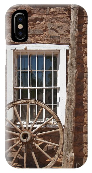 Window In Stone Building With Wagon Wheel Phone Case by Thom Gourley/Flatbread Images, LLC