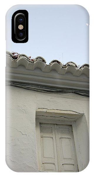 Window Of An Old Spanish House Phone Case by Perry Van Munster