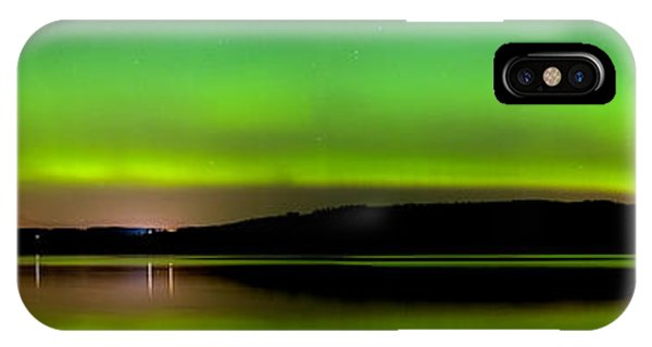 IPhone Case featuring the photograph  Aurora Over The Beauly Firth by Gavin Macrae