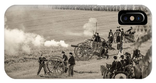 Gettysburg Union Artillery And Infantry 7439s IPhone Case