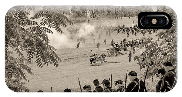 Gettysburg Union Artillery And Infantry 7465s IPhone Case