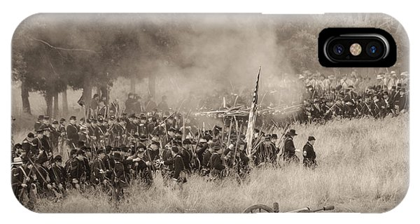 Gettysburg Union Artillery And Infantry 8456s IPhone Case