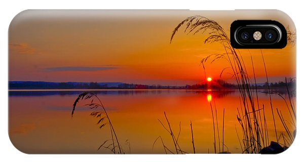 Salo iPhone Case -  In The Morning At 4.04 by Veikko Suikkanen